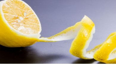 Photo of لهذه الأسباب لا تتخلص من قشر الليمون